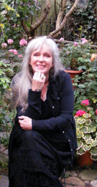 Crystal Green psychic therapist